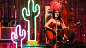 kacey-musgraves-and-langhorne-slim010-620x350